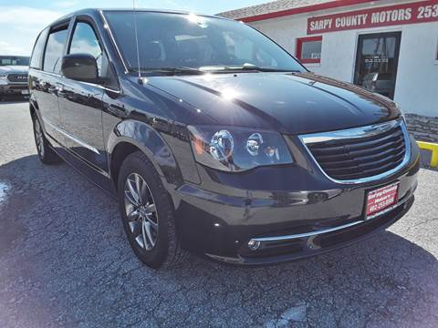 2015 Chrysler Town and Country for sale in Springfield, NE