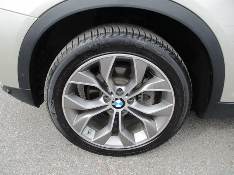 2017 BMW X3 xDrive28i (image 15)