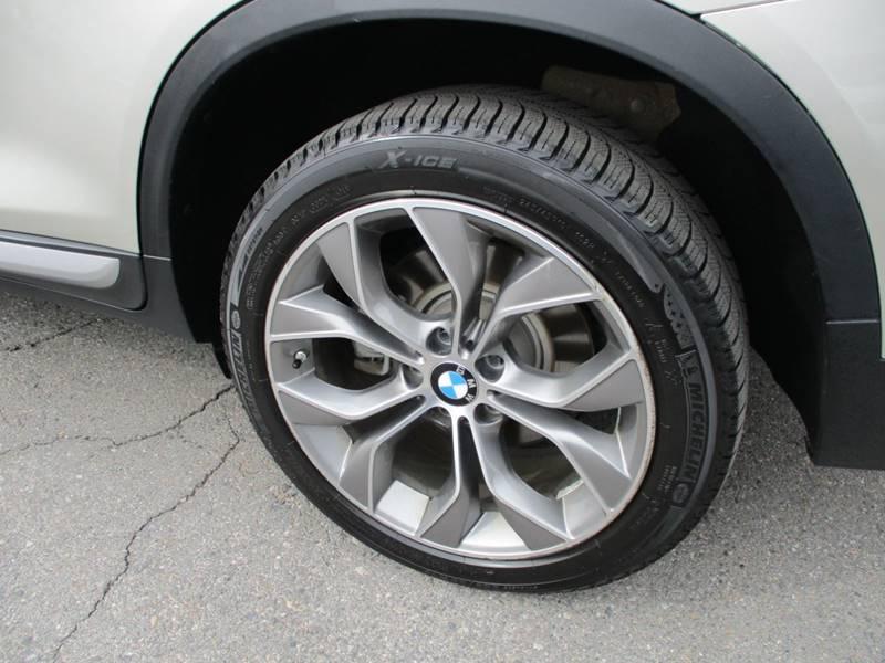 2017 BMW X3 xDrive28i (image 16)
