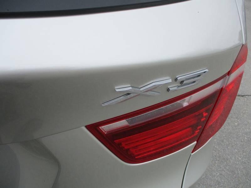 2017 BMW X3 xDrive28i (image 17)