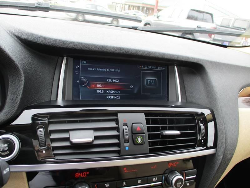 2017 BMW X3 xDrive28i (image 28)