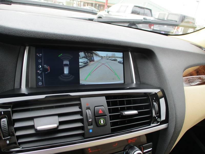 2017 BMW X3 xDrive28i (image 29)