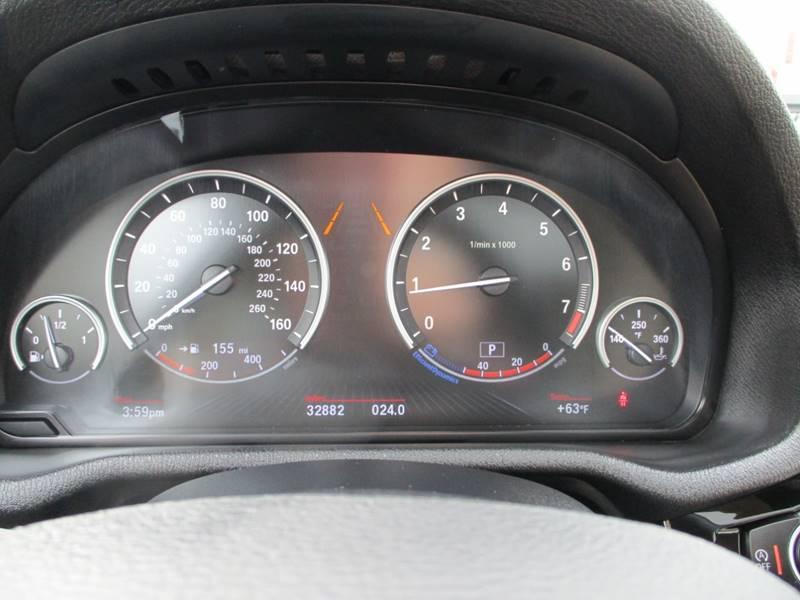 2017 BMW X3 xDrive28i (image 32)