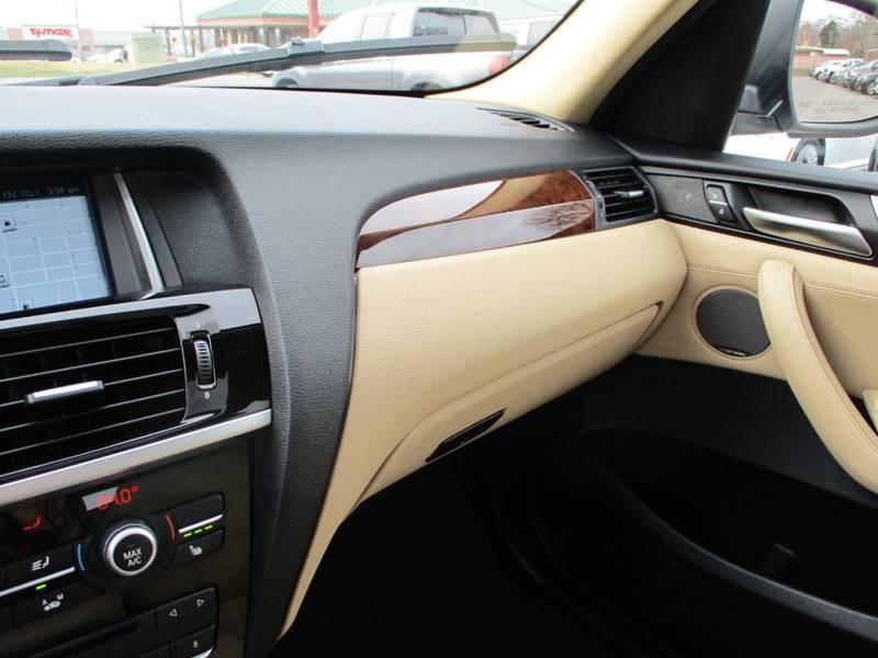 2017 BMW X3 xDrive28i (image 35)