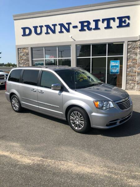 2014 Chrysler Town and Country for sale at Dunn-Rite Auto Group in Kilmarnock VA