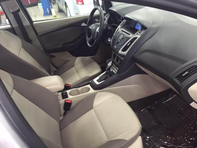 2014 Ford Focus SE 4dr Sedan - Kilmarnock VA