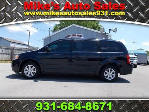 2010 Chrysler Town and Country for sale in Shelbyville, TN