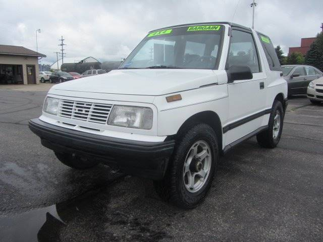 1995 Geo Tracker 2dr 4WD SUV In Cadillac MI - Mike's Budget