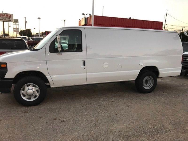 2011 Ford E350 ECONOLINE E350 SUPER DUTY VAN - Dallas TX