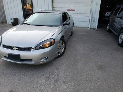 2006 Chevrolet Monte Carlo for sale at DFW AUTO FINANCING LLC in Dallas TX
