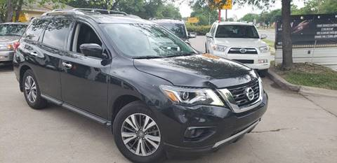2017 Nissan Pathfinder for sale at DFW AUTO FINANCING LLC in Dallas TX