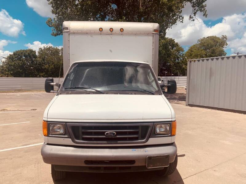 2007 Ford E-Series Chassis E-350 SD 2dr Commercial/Cutaway/Chassis 138-176 in. WB - Dallas TX