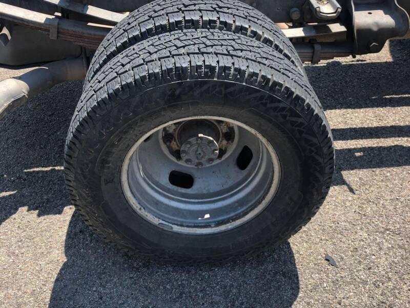 2011 Ford F-350 Super Duty 4x2 XLT 4dr Crew Cab 176 in. WB DRW Chassis - Dallas TX