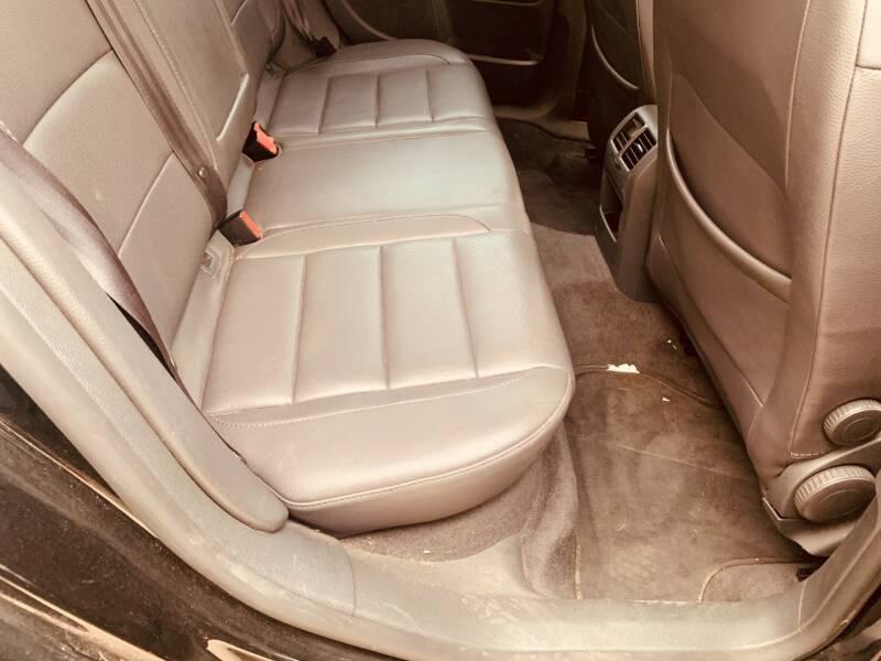 2006 Volkswagen Jetta 2.5 4dr Sedan w/Manual - Dallas TX
