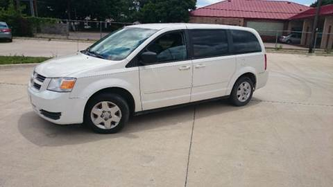 2009 Dodge Grand Caravan for sale at DFW AUTO FINANCING LLC in Dallas TX