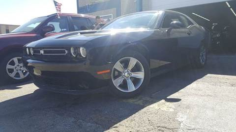 2015 Dodge Challenger for sale at DFW AUTO FINANCING LLC in Dallas TX