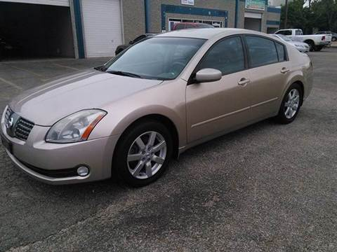 2004 Nissan Maxima for sale at DFW AUTO FINANCING LLC in Dallas TX
