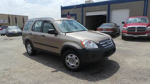 2005 Honda CR-V for sale at DFW AUTO FINANCING LLC in Dallas TX
