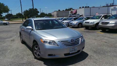 2009 Toyota Camry for sale at DFW AUTO FINANCING LLC in Dallas TX