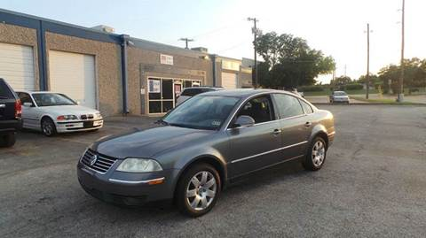 2005 Volkswagen Passat for sale at DFW AUTO FINANCING LLC in Dallas TX