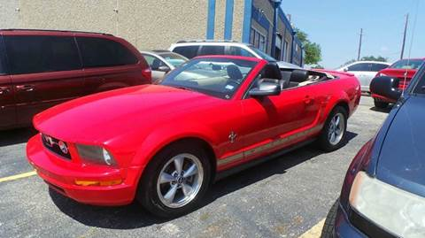 2007 Ford Mustang for sale at DFW AUTO FINANCING LLC in Dallas TX