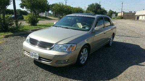 2000 Toyota Avalon for sale at DFW AUTO FINANCING LLC in Dallas TX