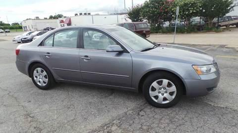 2008 Hyundai Sonata for sale at DFW AUTO FINANCING LLC in Dallas TX