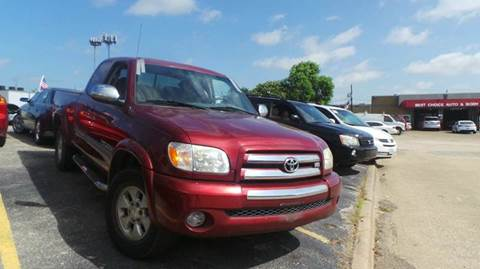 2006 Toyota Tundra for sale at DFW AUTO FINANCING LLC in Dallas TX