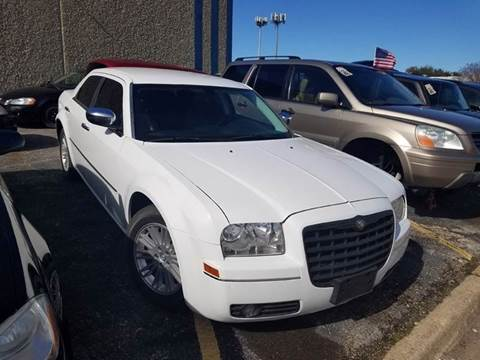 2010 Chrysler 300 for sale at DFW AUTO FINANCING LLC in Dallas TX