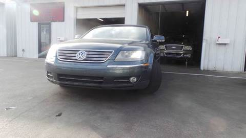 2004 Volkswagen Phaeton for sale at DFW AUTO FINANCING LLC in Dallas TX