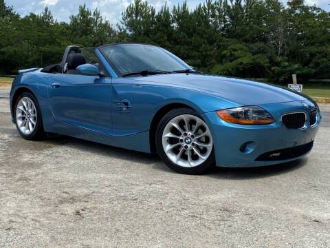2003 BMW Z4 for sale at Selective Cars & Trucks in Woodstock GA
