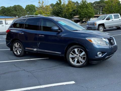 2014 Nissan Pathfinder for sale at Selective Cars & Trucks in Woodstock GA