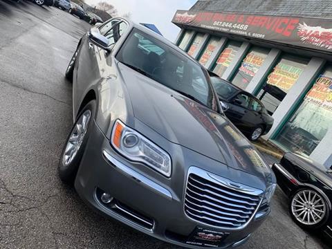 2012 Chrysler 300 for sale at Washington Auto Group in Waukegan IL