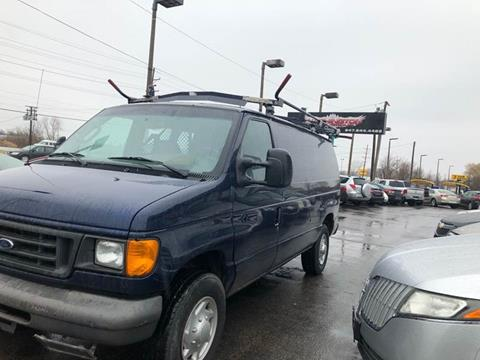 2007 Ford E-Series Cargo for sale at Washington Auto Group in Waukegan IL