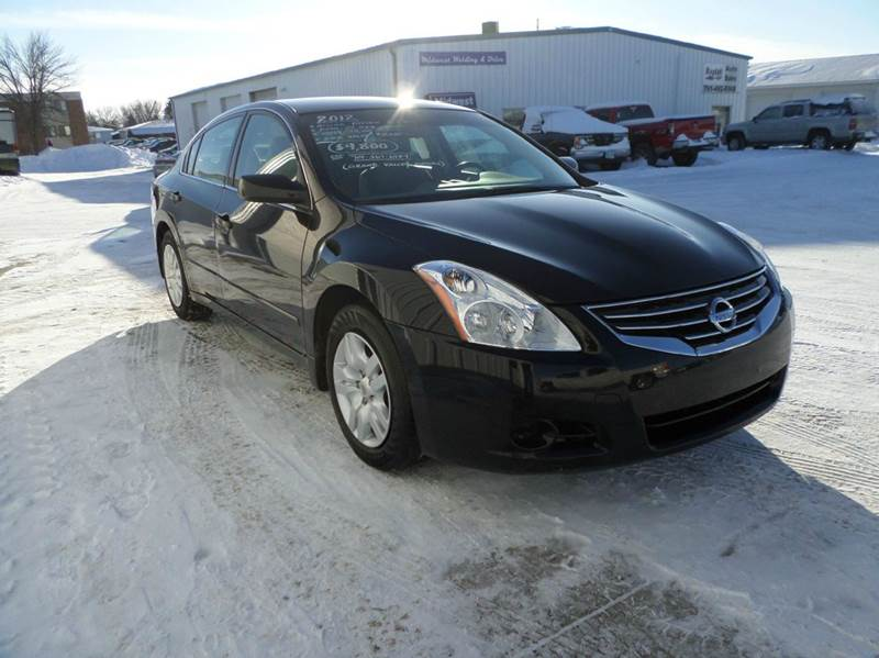 2012 Nissan Altima for sale at Grand Valley Motors in West Fargo ND