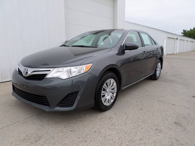 2013 Toyota Camry for sale at Grand Valley Motors in West Fargo ND
