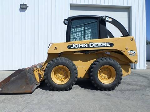 2004 John Deere 250 SERIES II SKID STEER for sale in West Fargo, ND