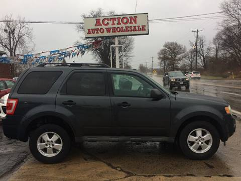 2009 Ford Escape XLT for sale at Action Auto Wholesale in Painesville OH