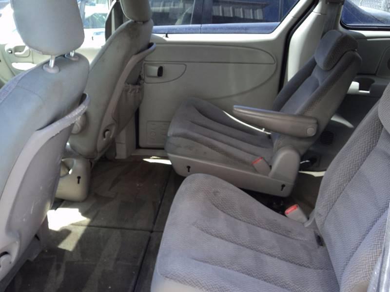 2005 Dodge Grand Caravan SXT 4dr Extended Mini-Van - Las Vegas NV