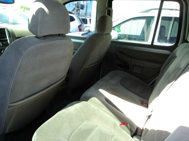 2004 Ford Explorer XLS 4dr SUV - Las Vegas NV