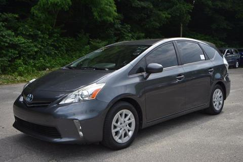 2013 Toyota Prius v for sale in Naugatuck, CT