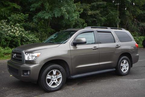 2014 Toyota Sequoia for sale in Naugatuck, CT