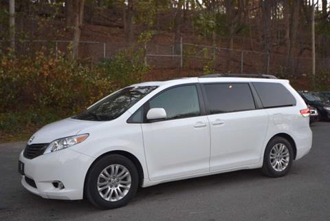 2011 Toyota Sienna for sale in Naugatuck, CT