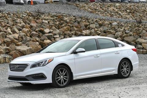 2017 Hyundai Sonata for sale in Naugatuck, CT