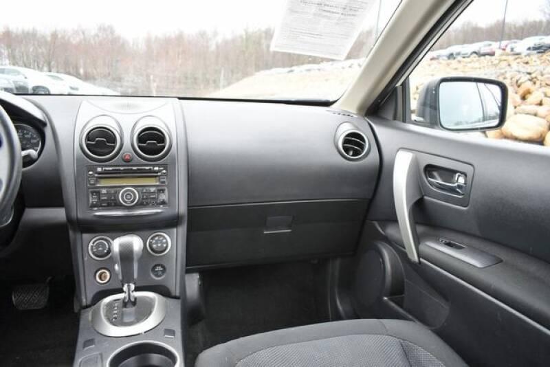 2013 Nissan Rogue S (image 15)