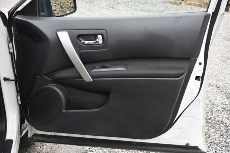 2013 Nissan Rogue S (image 9)