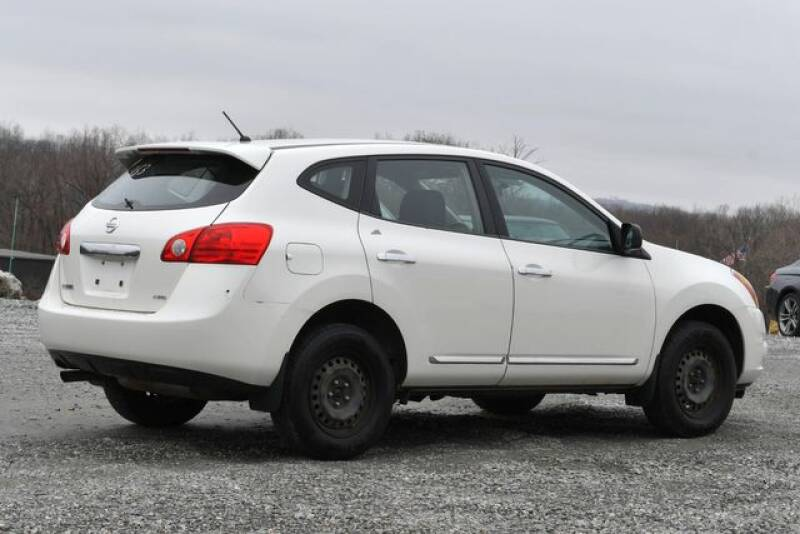 2013 Nissan Rogue S (image 5)