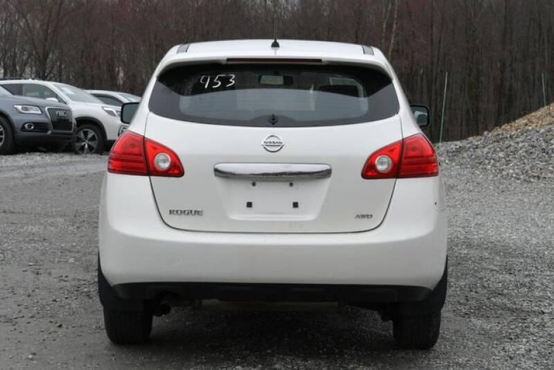 2013 Nissan Rogue S (image 4)