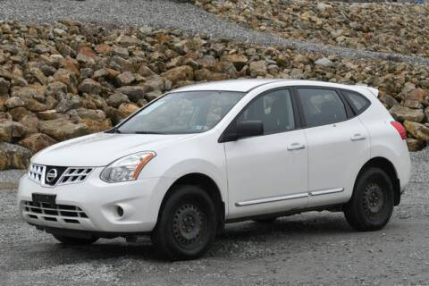 2013 Nissan Rogue S for sale at A Better Wholesale Autos Inc in Naugatuck CT