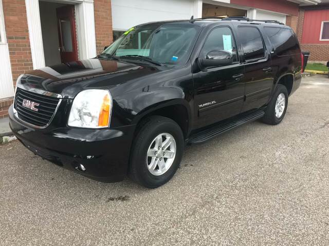 2012 GMC Yukon XL for sale at LEGACY AUTO SALES in Waterford PA
